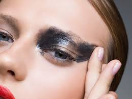 there s a right and wrong way to remove your eye makeup and one may be aging you