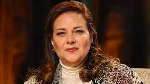 حقيقة وفاة الممثلة المصرية دلال عبد العزيز
