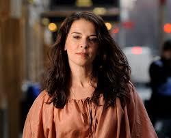 Actress Annabella Sciorra says Harvey Weinstein raped her in ...