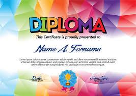 Шаблон сертификата диплома с красочной рамкой для детей   Шаблон сертификата диплома с красочной рамкой для детей Иллюстрация вектора иллюстрации 67226796