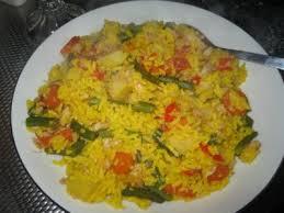 vis rijst en groenten