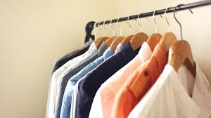 4 steps to clean out your cluttered closet