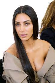 you ll want to zoom in to get a better look at kim kardashian s makeup free face