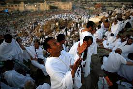 """اليمن العربي   تعرف على 10 معلومات عن جبل """"عرفات"""""""