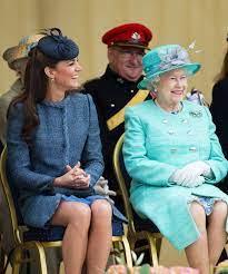 Catherine elizabeth middleton, kate middleton. Queen Elizabeth Kate Middleton Dame Grand Cross Honor