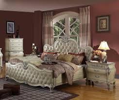 St Anton 4-Pc Antique White Sleigh Bedroom Set | B8301