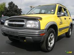 2002 Yellow Chevrolet Tracker ZR2 4WD Hard Top #35999639 ...