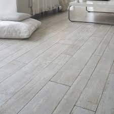 laminate floor that looks like ceramic tile