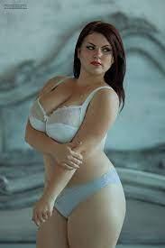 Size Bikini Models Hot Pics