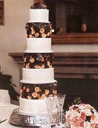 Fall Wedding Cakes Autumn Wedding Cake Decorations