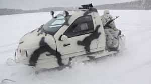 Демонстрация нового армейского снегохода для арктических ...