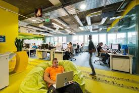 google office space. Google Has Common Areas Where Staff Can Unwind. Office Space