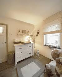 Landelijke Slaapkamer Behang Elegant Taupe Met Een Tintje Ecru