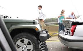 minor car accident. generally speaking, if an accident is minor, with no injuries, it\u0027s advisable, and in some states even legally required, to move both cars out of the way minor car