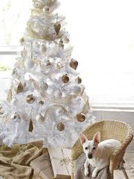 Fascinating White Christmas Tree Ideas