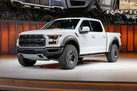 2017 ford f 150 raptor supercrew first look photo image gallery