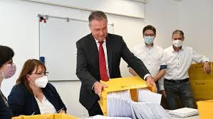 Mai 2008 ist er bundesvorsitzender der gewerkschaft deutscher lokomotivführer (gdl). Hxkqk8tekcvnwm