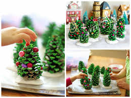 Vintage 1962 Handcrafted Pine Cone Christmas Tree By Rusticcreek Pine Cone Christmas Tree Craft Project