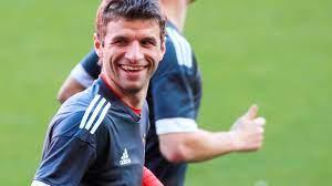 Porque é que os adeptos do Bayern adoram Thomas Müller? | UEFA Champions  League