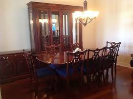 cherry wood heirloom pennsylvania house dining room set w lighted buffet server