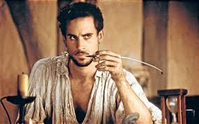 shakespeare in love film review joseph fiennes plays a struggling bard best known for fight scenes and dog jokes in shakespeare