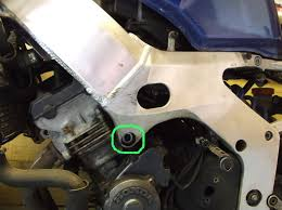 cbr 250 rr mc22 engine mounting bolt confusion biker ie forums click the image to open in full size