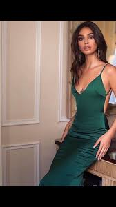 Alamour The Label Size Chart Alamour The Label Tamara Silk Gown In Emerald Green Ss18