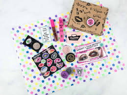 check out the medusa s makeup beauty box august 2018 review it s their birthday beauty box