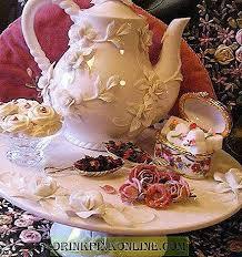 أولا تحضير مشروب الشاى الساخن : طاولة الشاي في التقليد الأوروبي وضع الجدول في تقليد المنازل الأوروبية شاي 2021