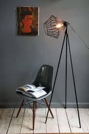 Industrial Floor Lamp Design Ideas For Living Room 36