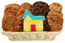 send a gourmet cookie gift basket delivery to wele someone to their new home