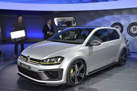 VW Executive Confirms Production Golf R400, Could Have 420PS