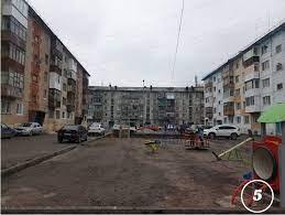 □ перед домом просторный двор с низенькою свежею травкою, с протоптанною дорожкою от амбара до кухни. Dvor Kotorym Mozhno Gorditsya Varlamov Ru Livejournal