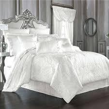 fluffy white comforter bedding set queen comforter size nautical bedspreads plain white comforter queen best white fluffy white comforter