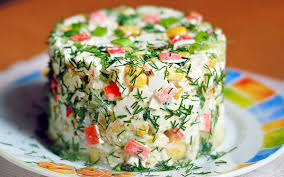 Картинки по запросу Как приготовить вкусный салат с крабовыми палочками и корейской морковью