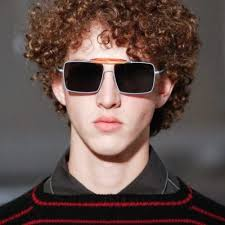 hairstyles for men with thick curly