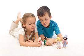 Resultado de imagen de niños reales jugando