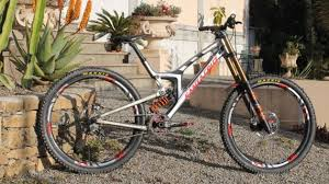 Santa Cruz V10 29er First Look 29in 29er Downhill Bike Bikeradar