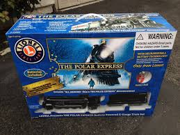 The Polar Express Lionel G Gauge Scale Battery Train - Under the Christmas  Tree Toy Electric Review - YouTube