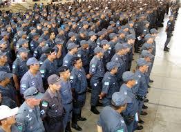 Resultado de imagem para policiais