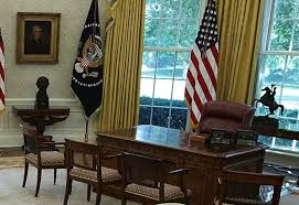 oval office chair. White House Offers Glimpse Of Recently Finished Renovations Oval Office Chair