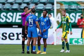 Oussama tannane i̇stanbul'a geldi ve i̇stanbul'a oynamak için geldim. ifadelerini kullandı. Dit Is De Schorsing Voor De Scheldende En Tierende Tannane Van Vitesse Sportnieuws