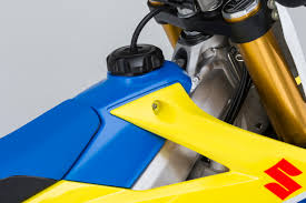 2018 suzuki rmz 450 shock. simple 2018 suzuki has gone away from the aluminum fuel tank and back to a plastic  tank blue one as well to 2018 suzuki rmz 450 shock