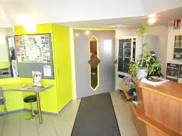 Hotel Green Lemon Lemon Hotel Brignoles France Bookingcom