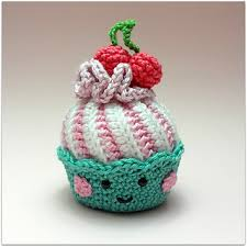 Crochet Cupcake Pattern Awesome Ravelry Cupcakes With Swirl Frosting Pattern By Candy Van Sweet