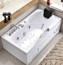 with hydrotherapy features and an ozone cleaner this 60 inch white whirlpool bathtub might make you feel like you re in your favorite spa when soaking in