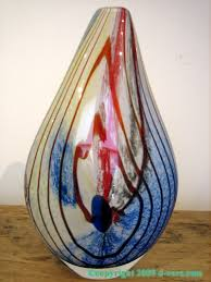 murano art glass vase from italy with red swirled design