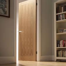 oak door with white architrave doors