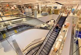 escalators will bring pers between floors of the new debenhams