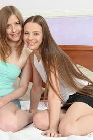 Teen Lesbian Porn Pictures
